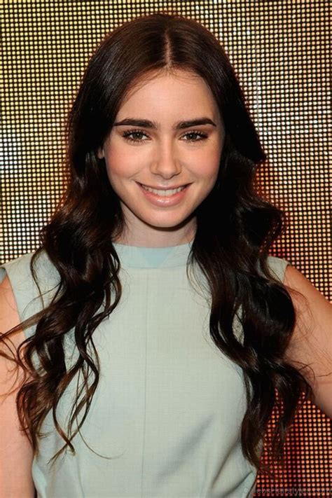 graceful hairstyles  lily collins