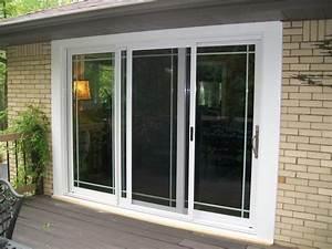 Exterior view of three panel sliding glass patio door for Glass patio doors exterior