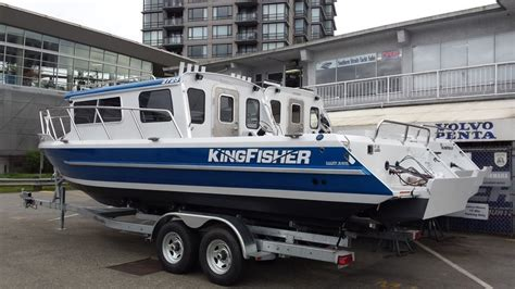 Used Kingfisher Boats Canada by 2017 Kingfisher 2725 Weekender Boat For Sale 2017 Boat