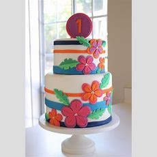 8 Tropical Themed Cake Beauties Aloha, Hawaii