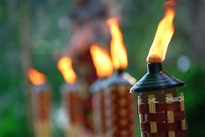 Tiki torch lights and outdoor oil lamps garden party gear