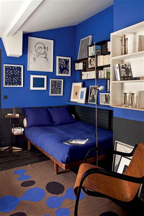 cobalt blue walls   cave     white