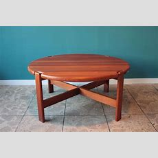 Round Danish Solid Teak Coffee Table, 1970s For Sale At Pamono
