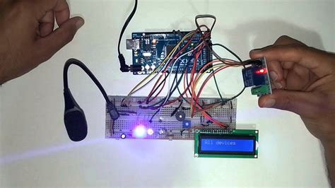 voice recognition with arduino rgb led and light bulb
