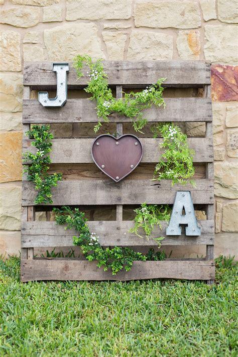 chic garden inspired rustic wedding ideas  brides  follow elegantweddinginvitescom blog