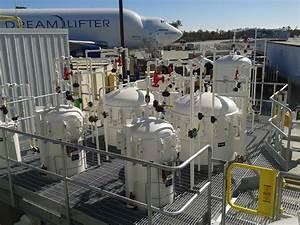 Jet Fuel Filters : jet a fuel facility aviation fuel technicians ~ A.2002-acura-tl-radio.info Haus und Dekorationen