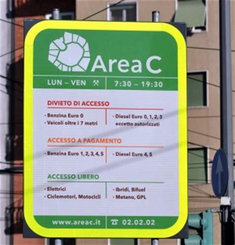 Multa Ingresso Area C by Area C Il Gratta E Sosta 232 Il Pi 249 Usato Ma Adesso Il
