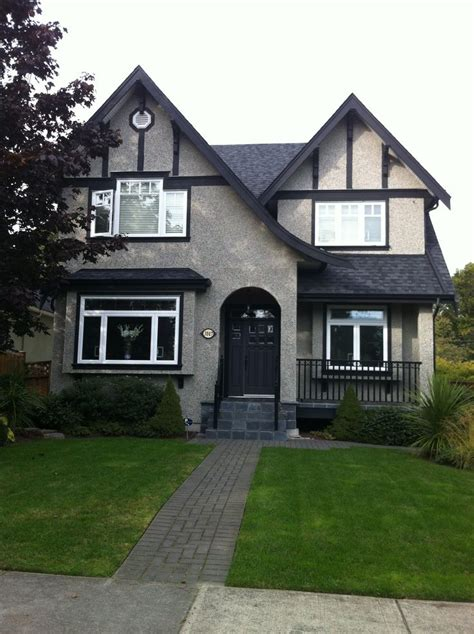 design  grey stucco cottage exterior building design grey exterior