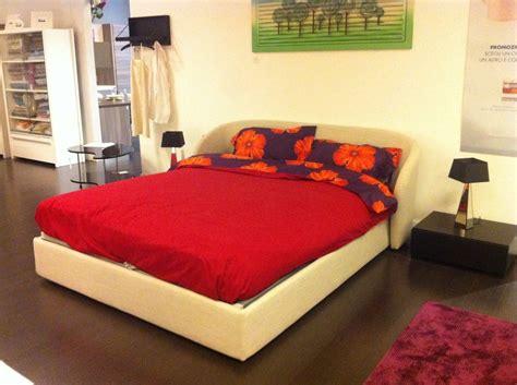 letto offerta letto flou in offerta letti a prezzi scontati