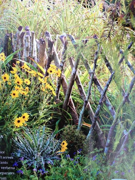 branches lattice fence
