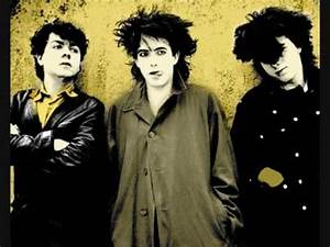 The Cure - Friday I'm In Love [Lyrics on screen] - YouTube