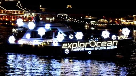 newport light parade cruises 2011 newport beach christmas boat parade and lights doovi