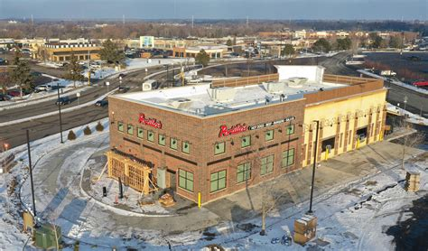 Lobster Roseville Mn by Portillo S Roseville Mn Grand Opening Is January 28th