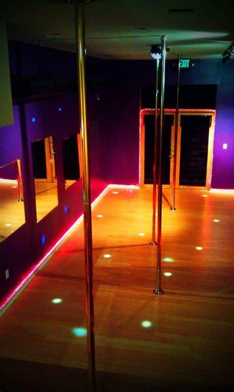 private parties vamps dance polelap dance party