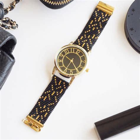 montre avec bracelet tisse en perles miyuki au metier