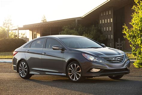 Hyundai Sonata Recalls 2011 by Recalls Hyundai S Recalling Some 2011 Sonata Sedans For