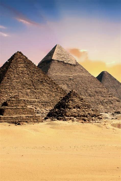 giza pyramid complex  uhd wallpaper