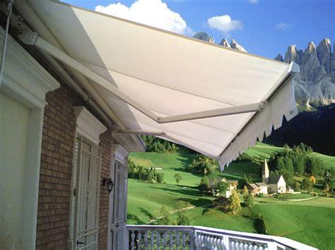 Preventivi Tende Da Sole Preventivi E Materiali Per Una Tenda Da Sole A Caduta