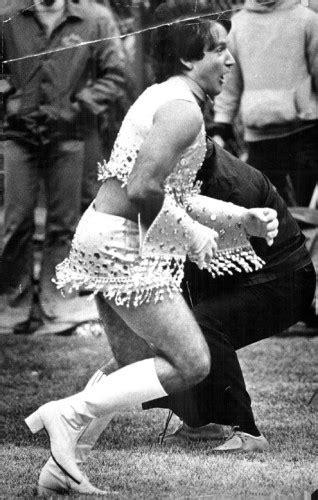 robin williams cheerleading   denver broncos