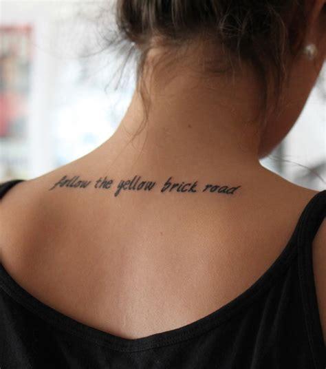 tatouage femme dos tatouage 200 mod 232 les et id 233 es pour un tatouage femme