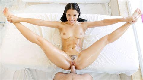 Sexy Brunette Naked Girl Fucked Hard By Her Mans Big Dick Xxx Femefun