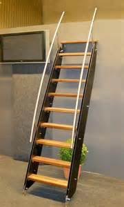 Echelle Escalier Mezzanine by Klara 233 Chelle Petit Escalier Design Pour Espace R 233 Duit