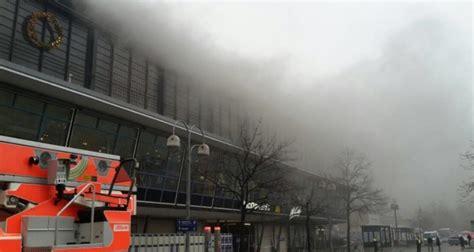 Bahnhof Zoologischer Garten Gesperrt by Berlin Bahnhof Zoologischer Garten Nach Feuer Evakuiert