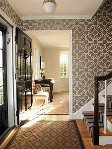 1001 ideen fur dunklen flur heller gestalten tipps und With balkon teppich mit flur tapeten ideen