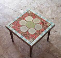 Mosaik Selber Fliesen Auf Altem Tisch : ber ideen zu mosaiktische auf pinterest mosaik tischplatten mosaik und mosaikmuster ~ Watch28wear.com Haus und Dekorationen