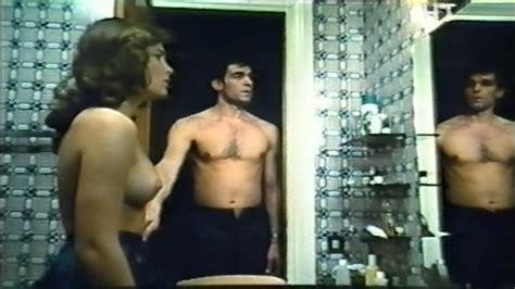 Naked Lara Wendel In Il Falco E La Colomba