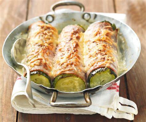 cuisiner des courgettes courgettes gratinées au jambon un plat succulent