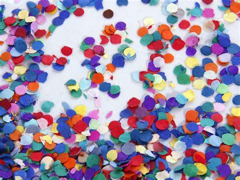 konfetti fasching hintergrundbilder kostenlos