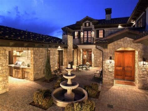 small house plans with courtyards style homes with courtyards mediterranean style
