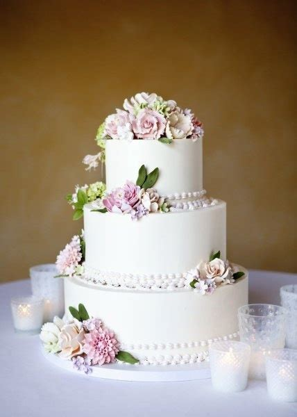 real flowers  cake