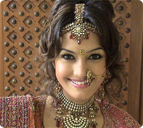 indian bridal hairstyles    fashion life