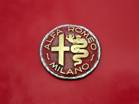 vintage alfa romeo logo alfa romeo logo alfa romeo car symbol meaning car brand