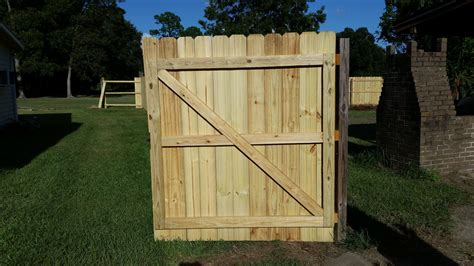 building fence gates  gate frame    lap