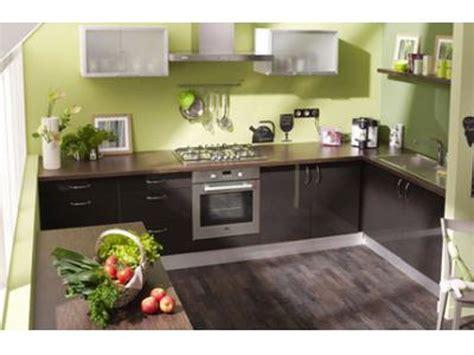 peintures pour cuisine peindre une cuisine cuisine deco peinture img2 deco