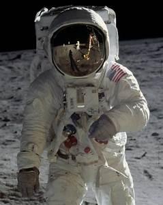 Best 25+ Space suit costume ideas on Pinterest   Space ...