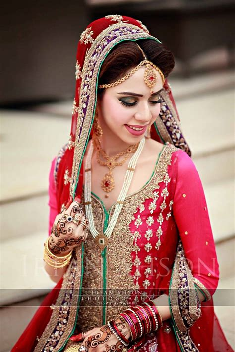 inspirational red pakistani bridal outfit photography