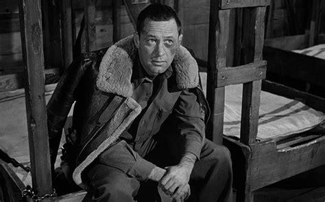 美国大兵沦为德国战俘,没受纳粹迫害,却每天被战友揍的头破 ...