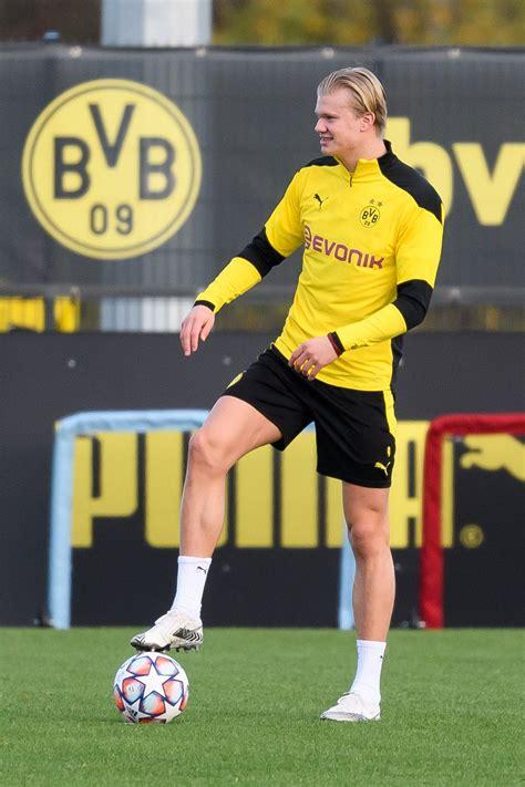 Erling haaland is the season's biggest transfer target. Report: Borussia Dortmund's Erling Haaland is still a ...