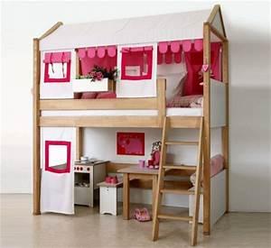 Lit Maison Fille : chambre fille et lit cabane d corer meubler la chambre d 39 une fille lit enfant fille d corer ~ Teatrodelosmanantiales.com Idées de Décoration