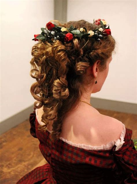 simple christmas themed hairstyle ideas  short