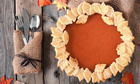 Thanksgiving menus paula deen magazine. 12 Thanksgiving Pie Recipes - Paula Deen   Thanksgiving ...