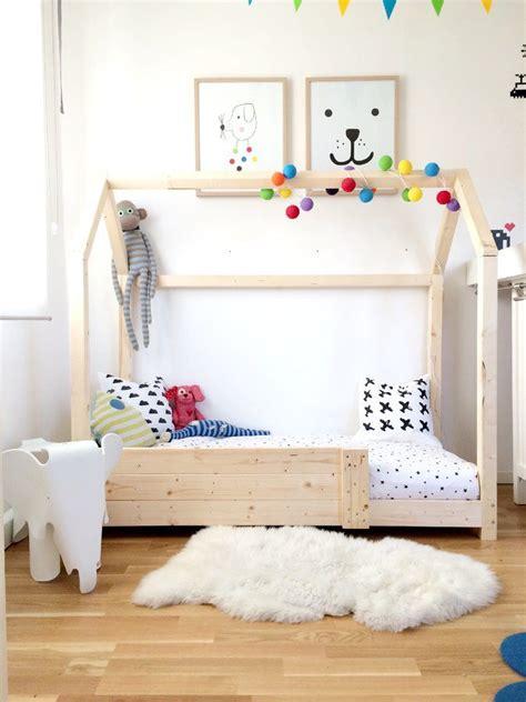 Kinderzimmer Gestalten Nach Montessori by Die Besten 25 Kinderbett Haus Ideen Auf