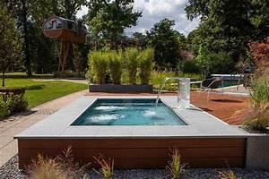 Kleiner Pool Für Terrasse : kleiner pool im garten pool f r kleine grundst cke moderne g rten in 2019 pinterest ~ Orissabook.com Haus und Dekorationen