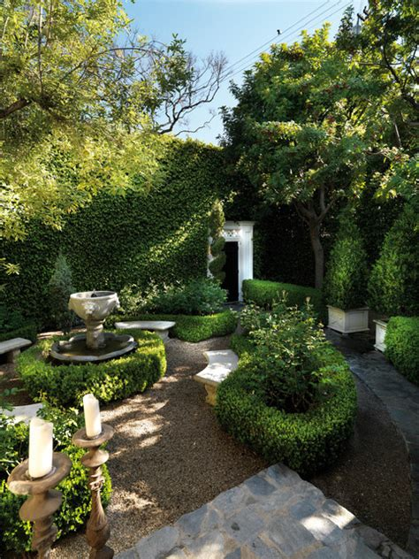 luxe west residence traditional landscape