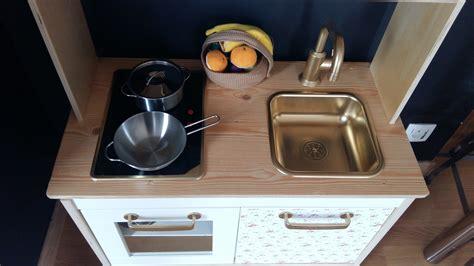 customiser cuisine ikea dyi customiser la kitchenette duktig d 39 ikea leeloo