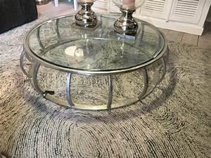 Couchtisch Silber Glas : couchtisch silber glas metall tisch metall und glas durchmesser 133 cm ~ Whattoseeinmadrid.com Haus und Dekorationen